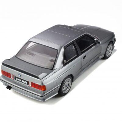 BMW M3 E30 1:12